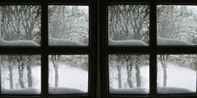 Winter window cleaning in Dunfermline